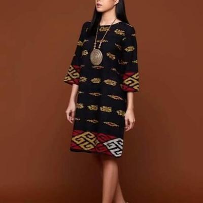 5.Dress Tenun