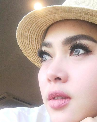 2. Fokus ke Makeup Area Mata