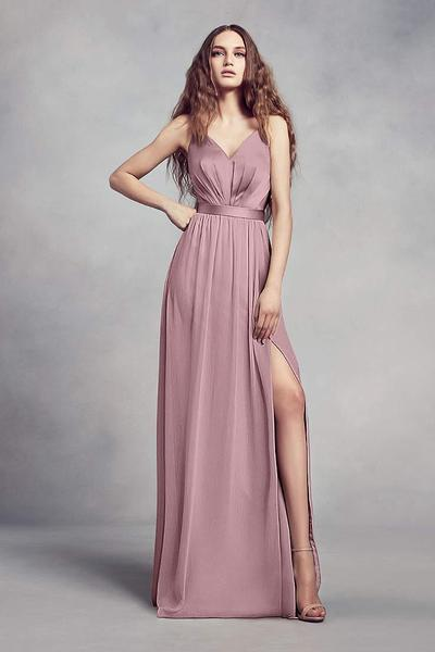 3. Pakaian Bridesmaid Stylish High Split