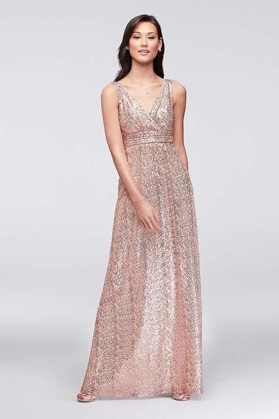 4. Pakaian Bridesmaid Stylish Gold
