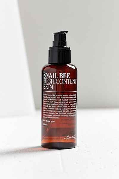 4.Benton Snail Bee High Content Skin