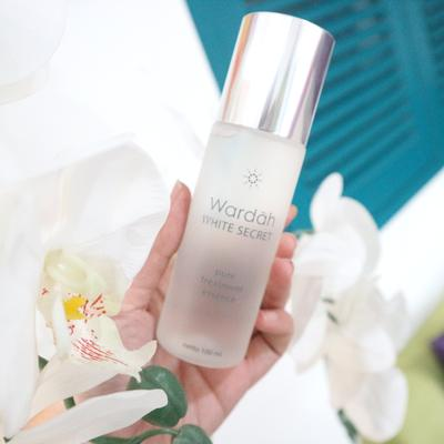 Wardah Secret White Pure Treatment Essence