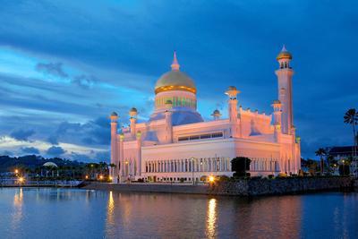 Masjid Omar Ali Saifuddin di Brunei Darussalam