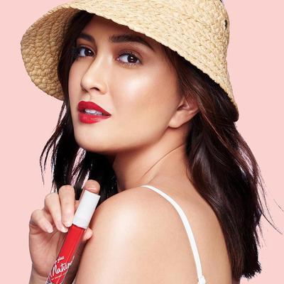 Tampil dengan Makeup Bold Bersama Sentuhan Hydrating Lip Gloss Summer Love