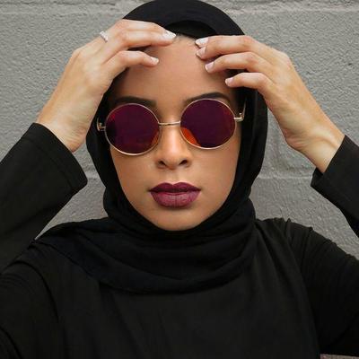 1.Round sunglasses