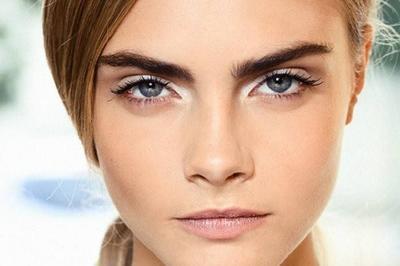 Riasan Mata Lebih Berbeda dengan Sentuhan Eyeliner Putih dari 5 Brand Lokal Ini