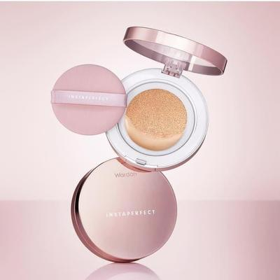 3. Wardah Instaperfect Mineralight Matte BB Cushion