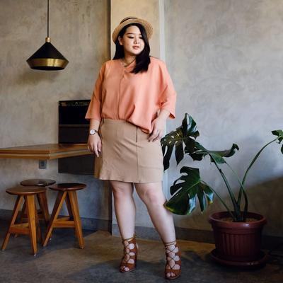 Inspirasi Fashion Irene Permatasari