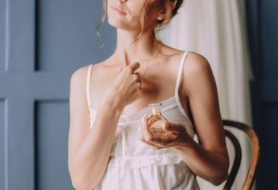 5 Aroma Parfum Wanita yang Bikin Pria Tergila-gila, Mau Coba?