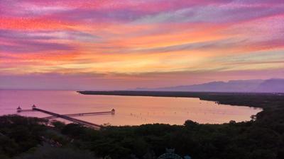 Panorama Menakjubkan di 4 Bukit Bintang Pulau Jawa