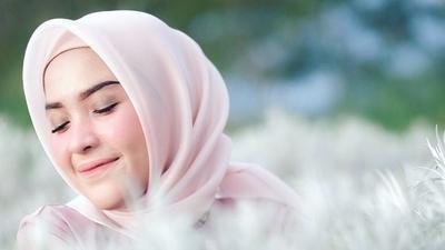 Rangkaian Perawatan Kulit dari Nameera Ini Aman dan Halal, Ladies! Kamu Wajib Coba untuk Dapatkan Kulit Wajah Sehat dan Berseri Setiap Hari