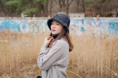 7 Style Mix And Match Topi Kekinian ala Furry Citra, Hype Abis!