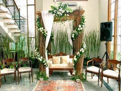 1. Dekorasi Pernikahan di Rumah dengan Tanaman