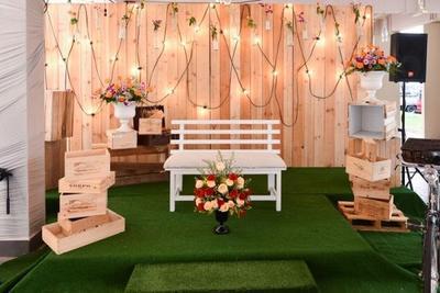 4. Dekorasi Pernikahan Simple