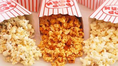 Cara Membuat Popcorn 3 Rasa yang Nggak Kalah Enak dari Popcorn Bioskop
