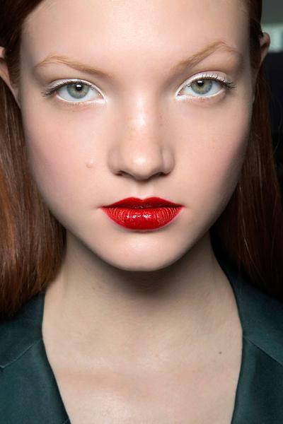 5 Rekomendasi Eyeliner Putih Murah Lokal dan Luar, Wajib Punya!