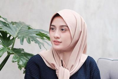 Tutorial: Hijab Kasual dan Syar'i untuk Wajah Bulat