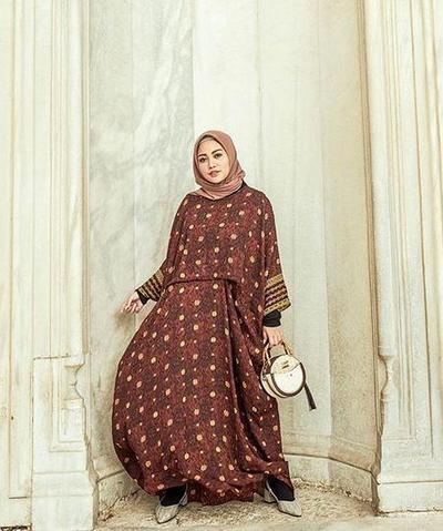 Tenun in Warm Tone (Hijab Segiempat)