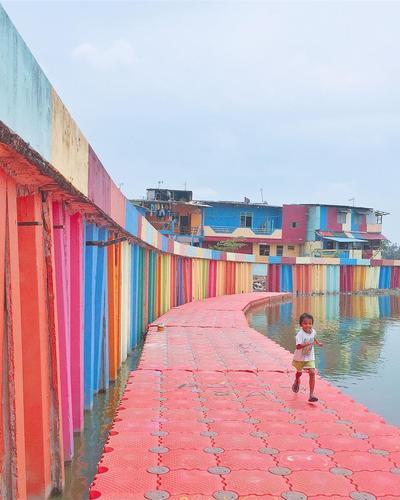 Kampung Warna Warni Danau Sunter