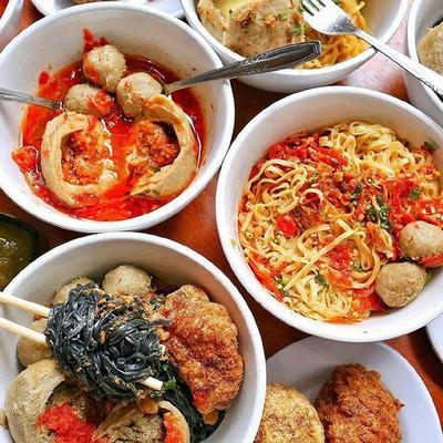 5 Makanan Pedas di Jakarta, Rasanya Maknyus Bikin Nagih!