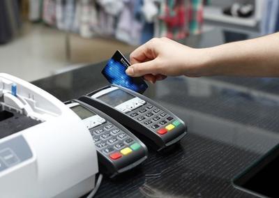 Jangan Gunakan Kartu Kredit untuk Kredit Jangka Panjang