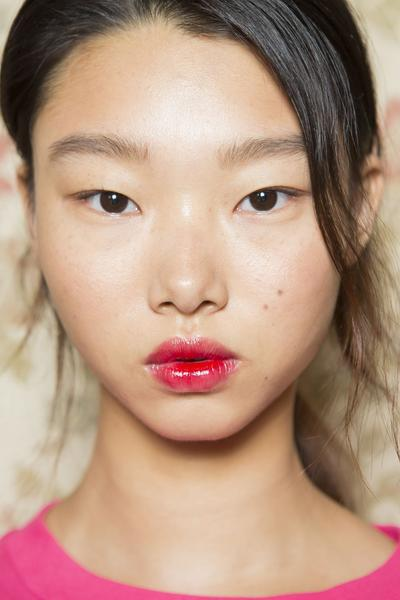 From A to Z, Tips Dapatkan Riasan Lipstik Ombre yang Sempurna