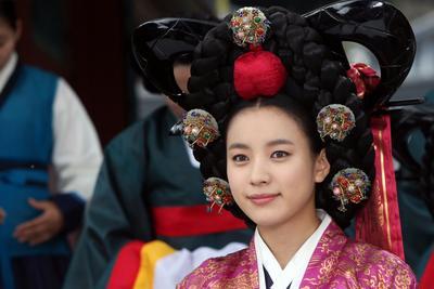 Dong Yi