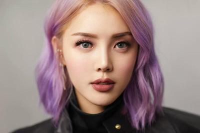 Jangan Sembarangan Pilih Lipstik, Warna-Warna Ini Justru Membuat Kalian Terlihat Lebih Tua!