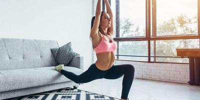 Gak Perlu Repot, Olahraga Pakai Perabotan di Rumah Juga Bisa Kok Ladies!