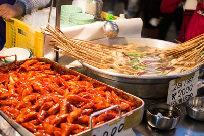 Rekomendasi Jajanan Street Food Korea di Jakarta yang Siap Menggoyang Lidah, Dijamin Halal!