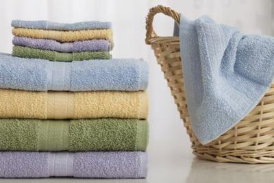 Memakai Handuk yang Kurang Bersih