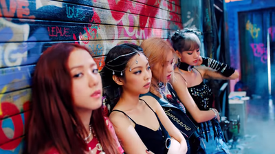 Deretan Main Outfit Member BLACKPINK di MV 'Kill This Love', Kece Banget!
