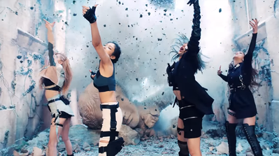 Deretan Main Outfit Member BLACKPINK di MV 'Kill This Love', Kece Banget!