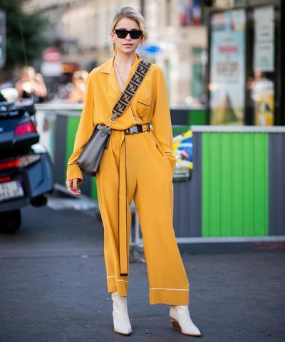 Style Tips: Jumpsuit untuk Gaya Kasual Hingga Formal yang Chic
