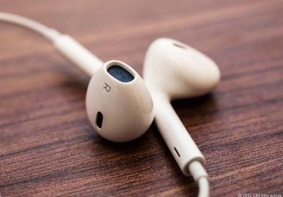 Jangan Biarkan Kotor, Begini 5 Cara Bersihkan Headset yang Benar