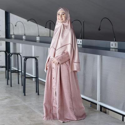 3. Memilih Model Hijab Syar'i