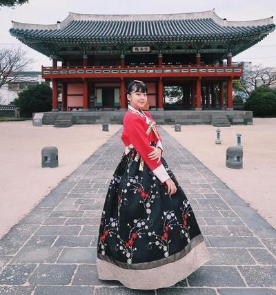 Tampil Manis dengan Pakaian Khas Korea Hanbook