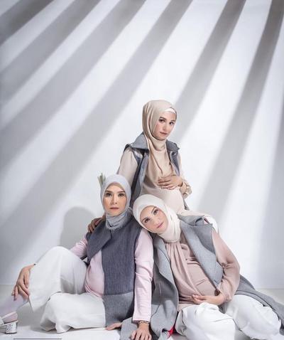 5 Selebgram Ini Beri Inspirasi OOTD Hijab Stylish untuk Ibu Hamil