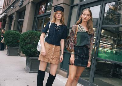 5 Tren Fashion 70-an Kembali Populer di 2019, Old but Gold Ladies!