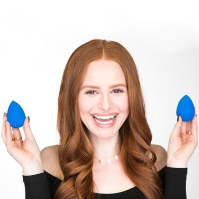 4.Menyimpan Beauty Blender Dalam Keadaan Bekas Pakai