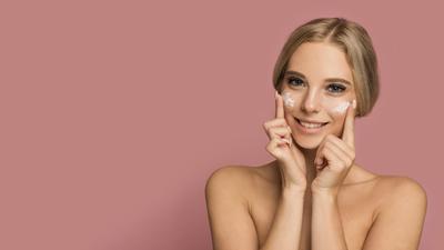 Ladies, Sebelum Membeli Skincare Perhatikan Dulu 5 Hal Penting Ini!