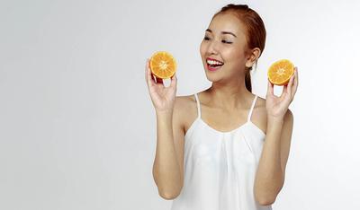 Aktifkan Manfaat Optimalnya, Begini Cara Terbaik Pakai Serum Vitamin C