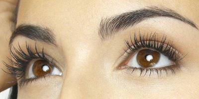 Efektif Menebalkan dan Melentikkan, Ini 4 Rekomendasi Serum Bulu Mata Terbaik