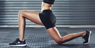 Gerakan Ampuh Kecilkan Paha dan Betis Ini Buatmu Makin Percaya Diri Pakai Skinny Jeans