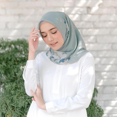 6 Model Hijab Heaven Lights Paling Best Seller yang Sukses Curi Perhatian Hijabers, Wajib Punya!