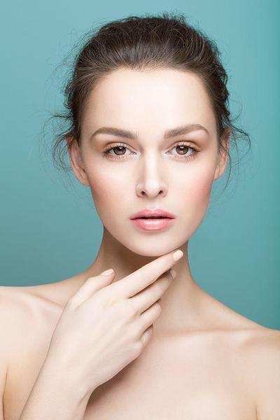 6.Mencerahkan kulit