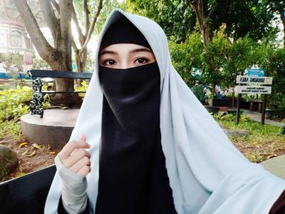 Tutorial: Riasan Mata Korea untuk Muslimah Bercadar