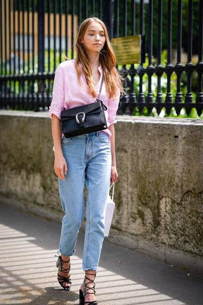 Anti Ribet dengan Jeans dan Kemeja