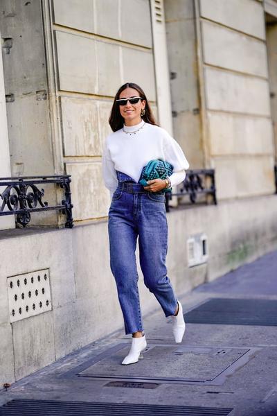 Tampil Elegan dengan Jeans