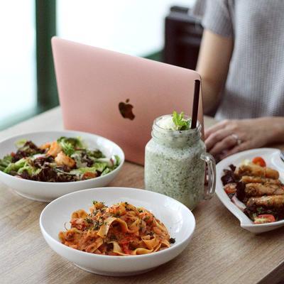 Jelajahi MRT Fatmawati, Jangan Lupa Mencoba Tempat Makan Kekinian di Sekitarnya!